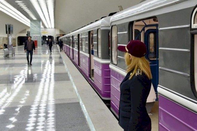 Qatarlar 20 dəqiqə gecikdi – Bakı metrosunda nə baş verir?
