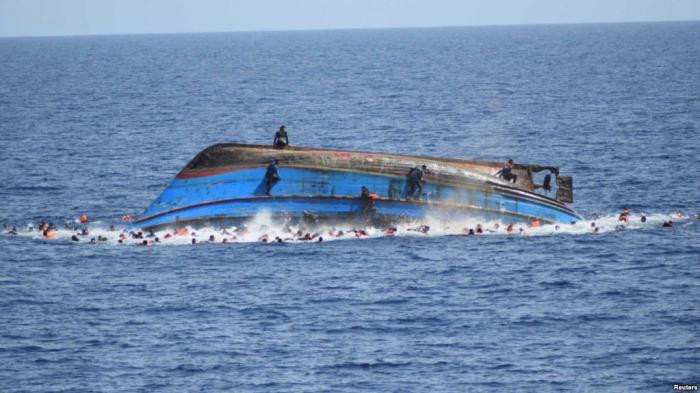 Turistlərin olduğu qayıq batıb, 24 nəfər ölüb