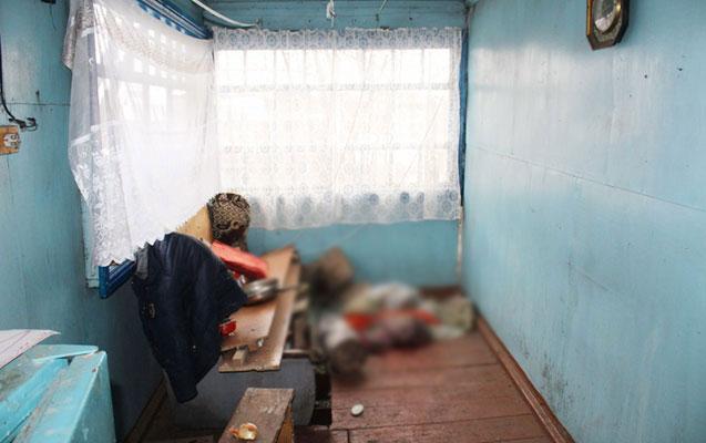 36 yaşlı riyaziyyat müəllimi evində ölü tapıldı