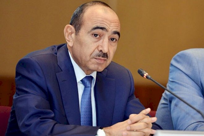 """Əli Həsənov haqda sensasion iddia: """"İstefa üçün müraciət etməyib"""""""