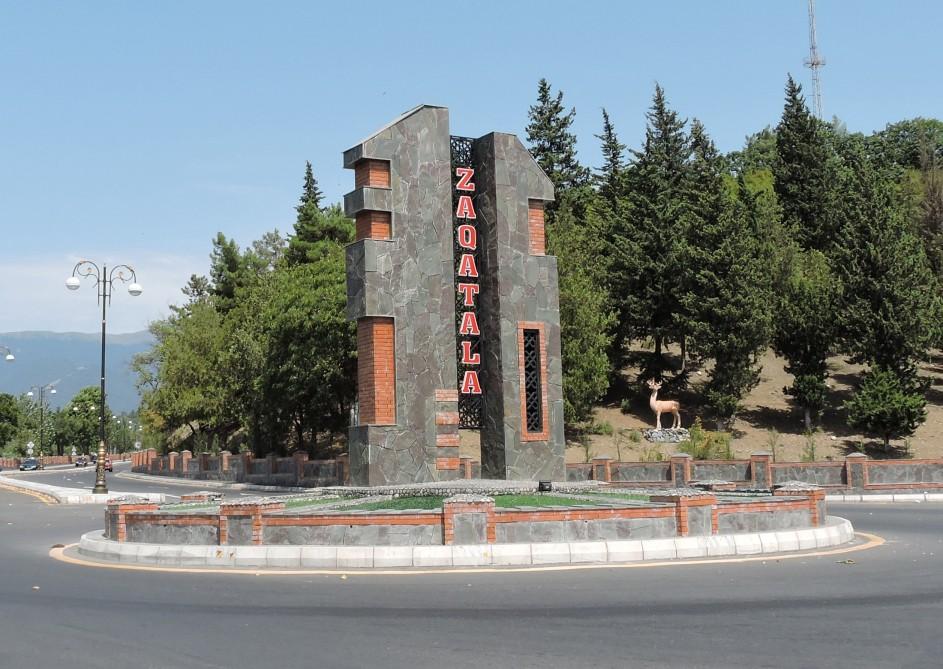Zaqatalada avtobus qəzası: Ölən var