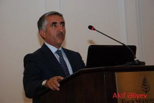 Abşeronda baş memar Akif Əliyev necə rüşvət alır?