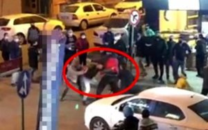 Türkiyədə komendant saatı: marketlərdə növbələr yarandı, dava düşdü