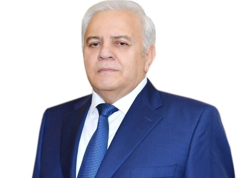 """Oqtay Əsədov sükutu pozdu: """"Bu mövqe Azərbaycan xalqını qane etmir"""""""