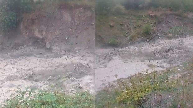 İsmayıllıda sel yolları dağıtdı, Lahıca giriş bağlandı
