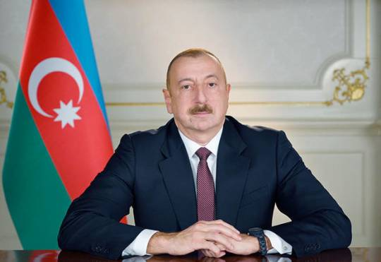 """Vaqif Axundov """"Şöhrət"""" ordeni ilə təltif edildi"""