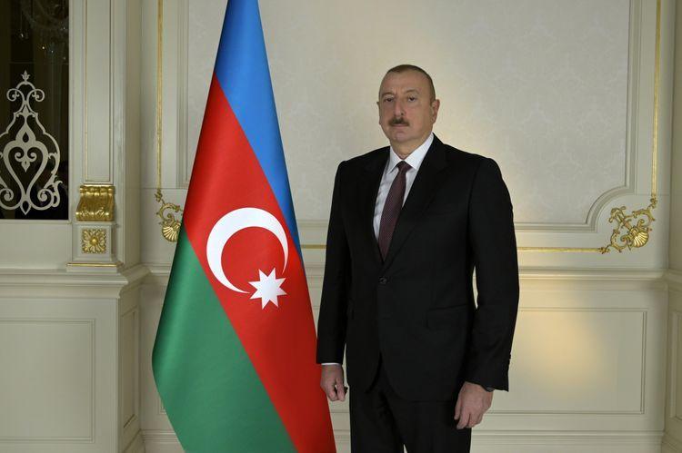 """""""Azərbaycan üçün əlimizdən gələni etməyə hazıram"""" – Prezidentə yazırlar"""