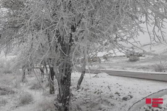 Şamaxıya qar yağıb, yollar buz bağlayacaq –FOTO