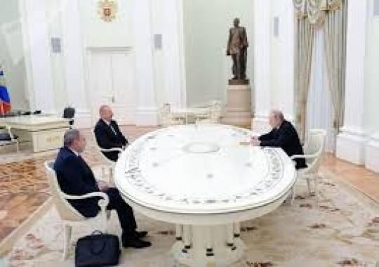 """Putin Paşinyanın """"padşahlıq"""" müddətini uzatdı –Qarabağa görə…"""