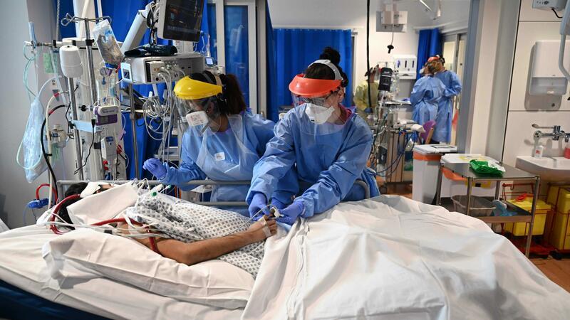 Koronavirusdan günlük ölüm sayı 12 mini ötdü – ÜST