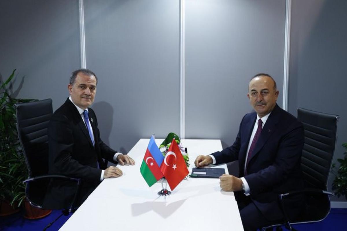 Ceyhun Bayramov Çavuşoğlu ilə görüşüb